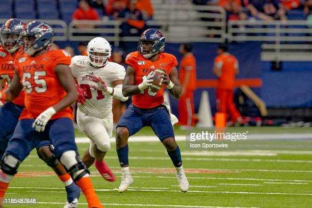 Roadrunners quarterback Lowell Narcisse looks to throw during the game between the Florida Atlantic Owls and the UTSA Roadrunners on November 23 2019...