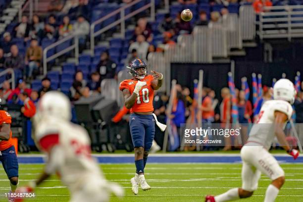 Roadrunners quarterback Lowell Narcisse throws a pass during the game between the Florida Atlantic Owls and the UTSA Roadrunners on November 23 2019...