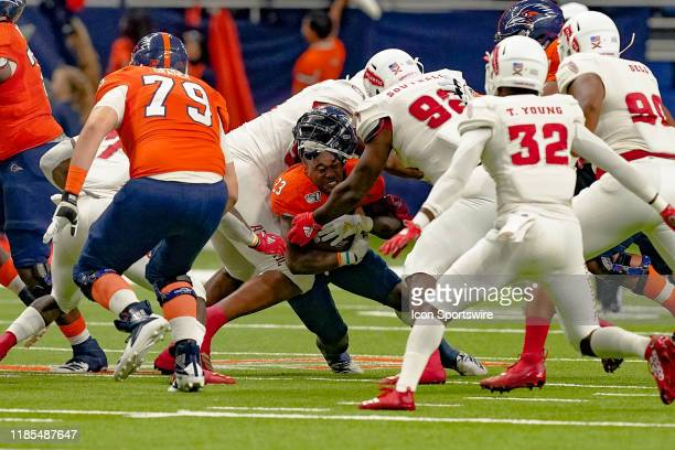 Roadrunners running back Sincere McCormick loses his helmet during the game between the Florida Atlantic Owls and the UTSA Roadrunners on November 23...