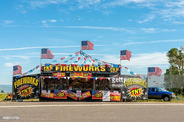 roadside fireworks stand in montana - kiosk stock pictures, royalty-free photos & images