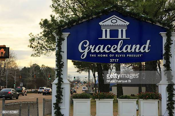 roadside sign of graceland - graceland stock pictures, royalty-free photos & images