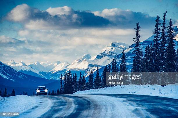 roadtrip on icefields parkway in banff national park canada - calgary stock pictures, royalty-free photos & images