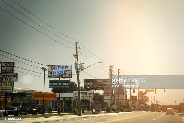 roadway in orlando, florida, usa - small town america stock pictures, royalty-free photos & images