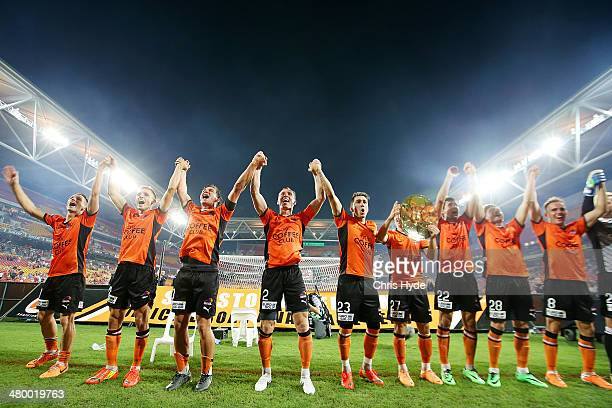 Roar celebrate winning the Premiers Plate during the round 24 ALeague match between Brisbane Roar and Melbourne Victory at Suncorp Stadium on March...