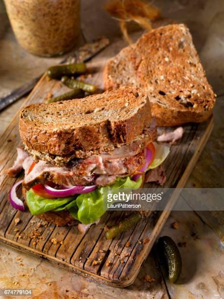 Sandwich au rôti de porc
