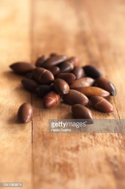 roasted baru seeds - brazil nut fotografías e imágenes de stock