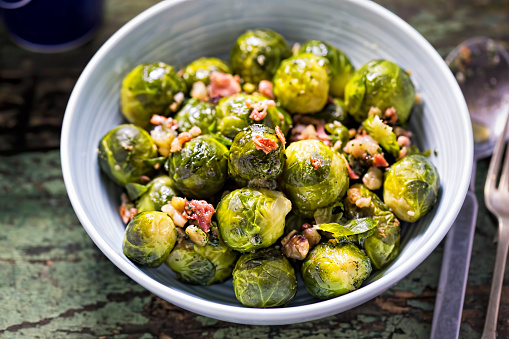 Roasted brussel sprouts with bacon 670769822