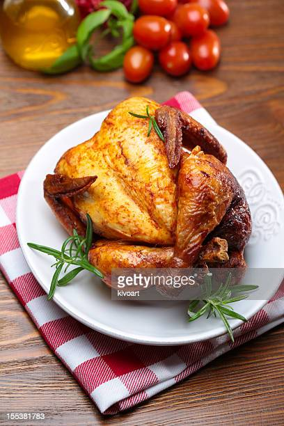 roasted chicken - roast chicken stock pictures, royalty-free photos & images