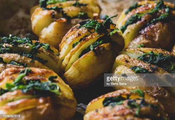 roasted potatoes - ローストポテト ストックフォトと画像