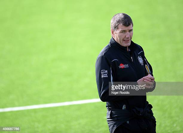 Rob Baxter head coach of Exeter Chiefs during the Aviva Premiership match between Newcastle Falcons and Exeter Chiefs at Kingston Park on October 5...