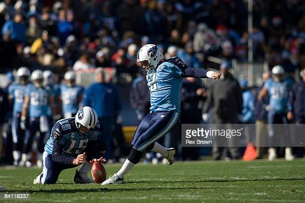 Rob Bironas of the Tennessee Titans connects for a field goal against the Pittsburgh Steelers on December 21, 2008 at LP Field in Nashville,...