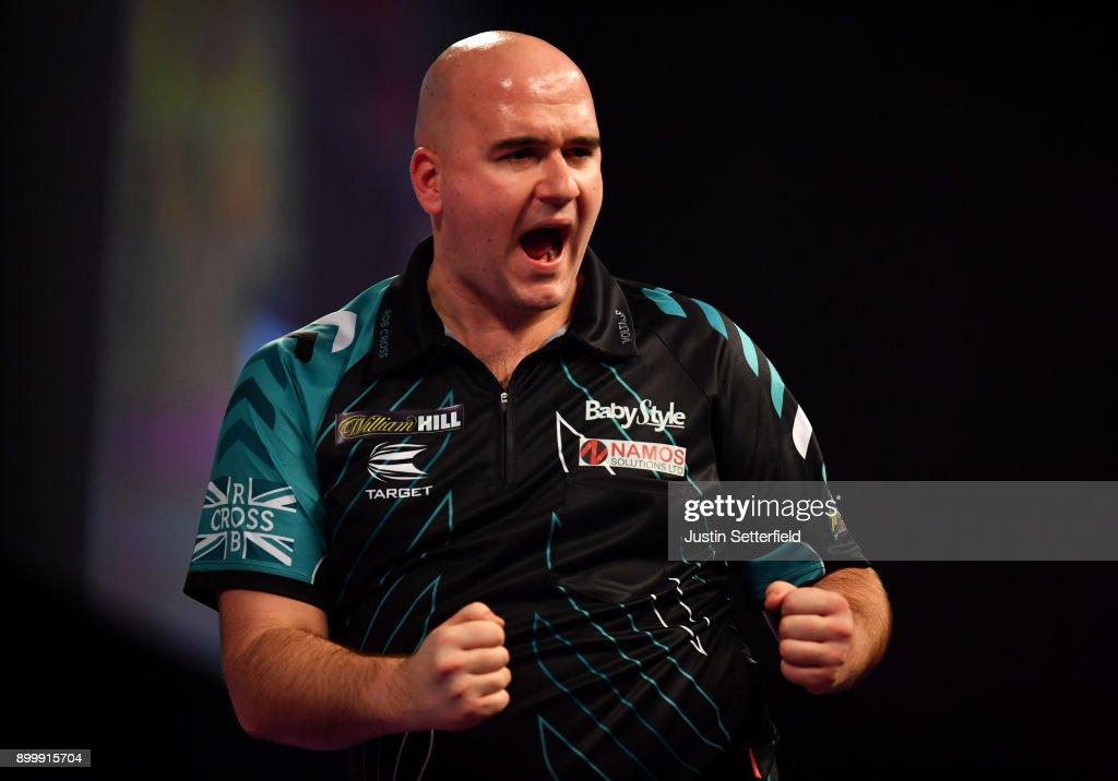 2018 William Hill PDC World Darts Championships - Day Fourteen : News Photo