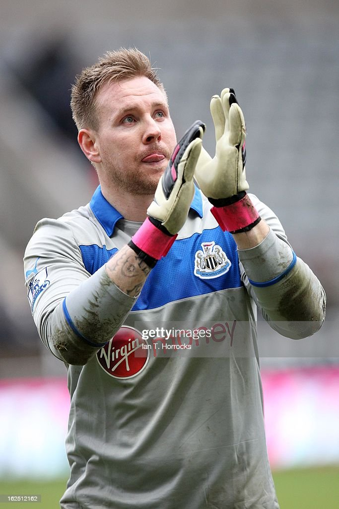 Rob Elliot Newcastle United during the Barclays Premier League match between Newcastle United and Southampton at St James' Park on February 24, 2013 in Newcastle upon Tyne, England.