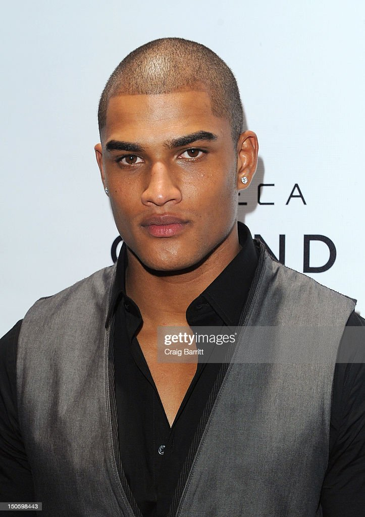 Rob Evans attends the 'America's Next Top Model: College Edition, Cycle 19' Premiere at the Tribeca Grand Hotel on August 22, 2012 in New York City.