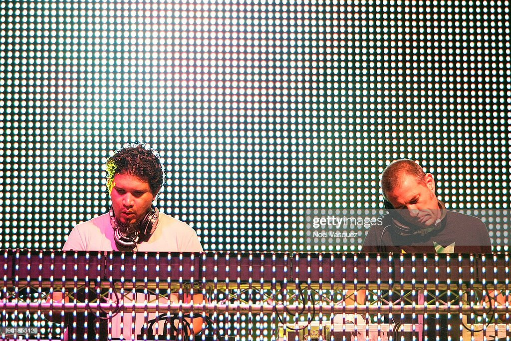 Rob Garza (L) and Eric Hilton of Thievery Corporation perform at Street Scene Music Festival - Day 2 on August 29, 2009 in San Diego, California.
