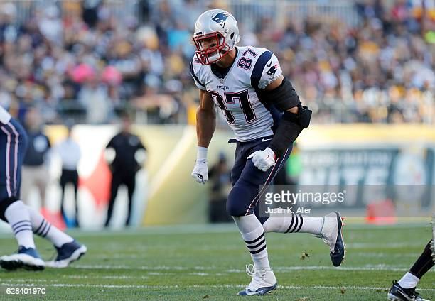 Rob Gronkowski of the New England Patriots in action against the Pittsburgh Steelers at Heinz Field on October 23 2016 in Pittsburgh Pennsylvania