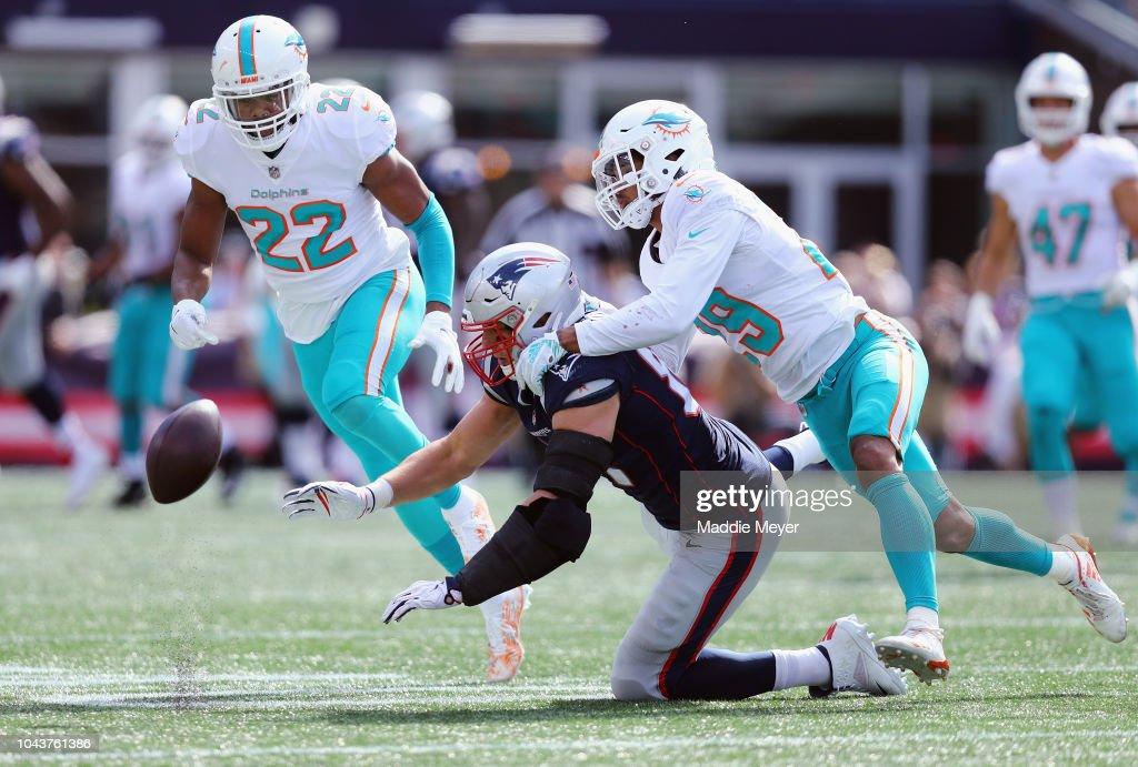Miami Dolphins v New England Patriots : News Photo