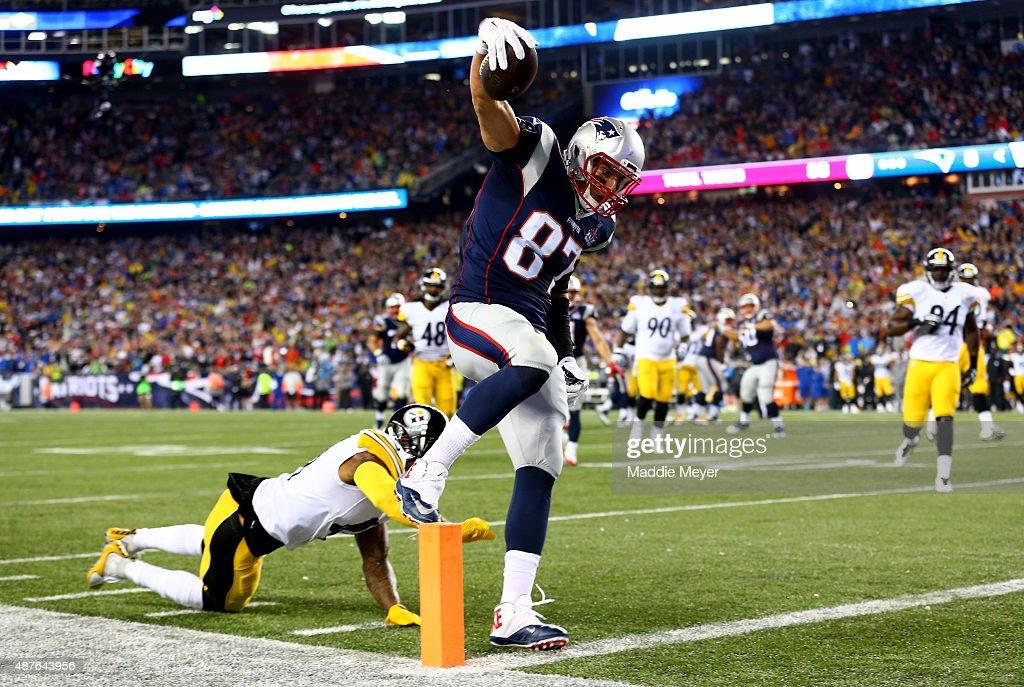 Rob Gronkowski #87 of the New England Patriots scores a touchdown in the second quarter against the Pittsburgh Steelers at Gillette Stadium on September 10, 2015 in Foxboro, Massachusetts.
