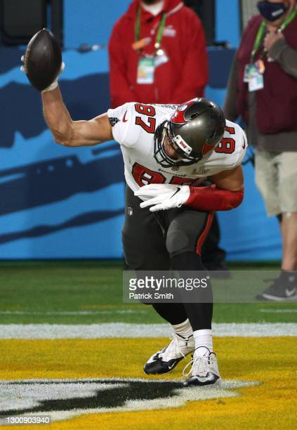 Rob Gronkowski of the Tampa Bay Buccaneers spikes the ball after an 8 yard touchdown in the first quarter against the Kansas City Chiefs in Super...