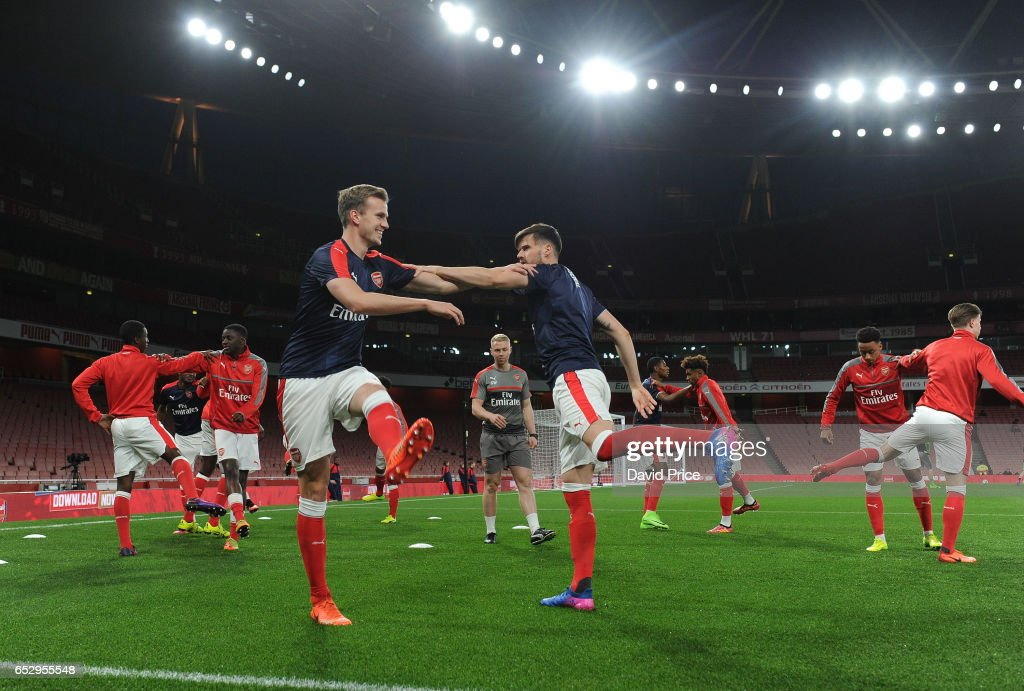 Rob Holding of Arsenal warms up before match between Arsenal and Manchester City at Emirates Stadium on March 13, 2017 in London, England.