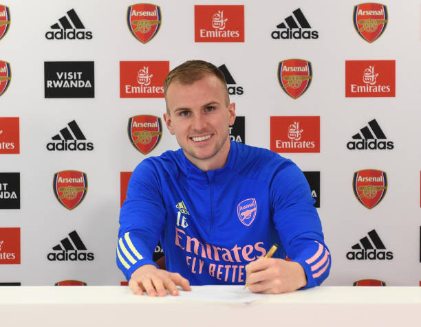 GBR: New Contract Signing at Arsenal