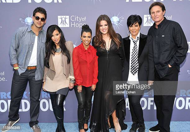 Rob Kardashian Kim Kardashian Kourtney Kardashian Khloe Kardashian Kris Jenner and Bruce Jenner attend 'City of Hope' honoring Shelli and Irving...
