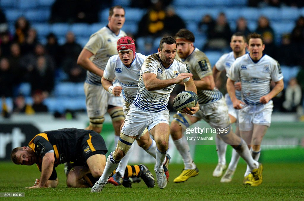 Rob Kearney of Leinster Rugby charges forward during the European Rugby Champions Cup match between Wasps and Leinster Rugby at Ricoh Arena on January 23, 2016 in Coventry, England.