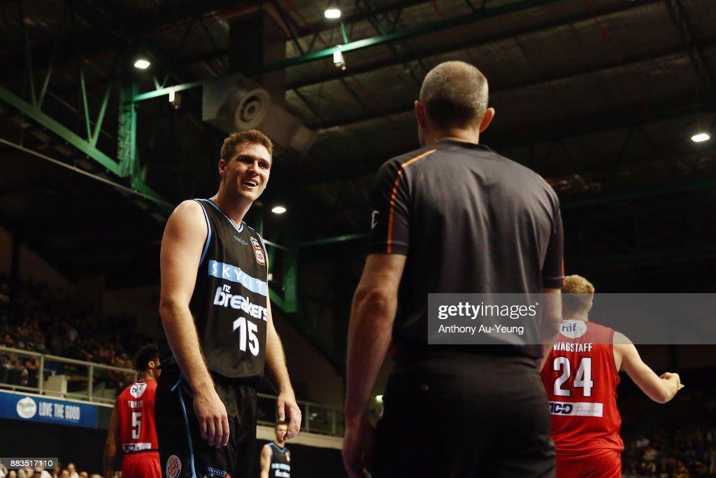 NBL Rd 8 - New Zealand v Perth