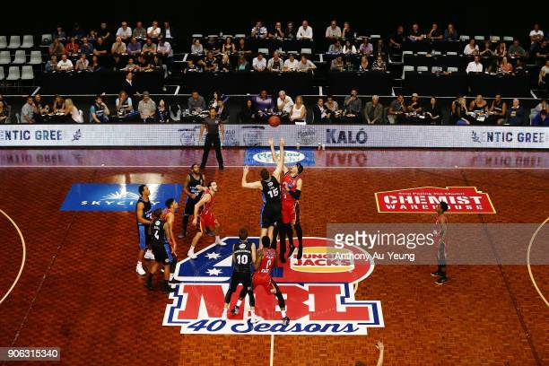 Rob Loe of the Breakers tips off against Josh Boone of United during the round 16 NBL match between the New Zealand Breakers and Melbourne United at...
