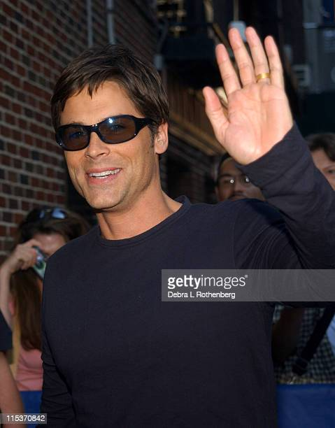 Rob Lowe during Rob Lowe and Mos Def Arrive for The Late Show With David Letterman September 23 2004 at Ed Sullivan Theater in New York City New York...