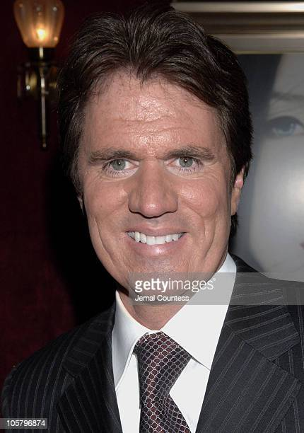 Rob Marshall during 'Memoirs of a Geisha' New York City Premiere Inside Arrivals at Ziegfeld Theater in New York City New York United States
