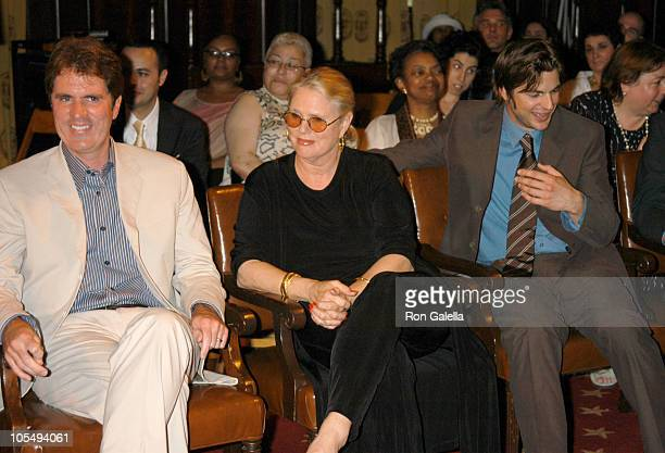 Rob Marshall Sharon Gless and Gale Harold