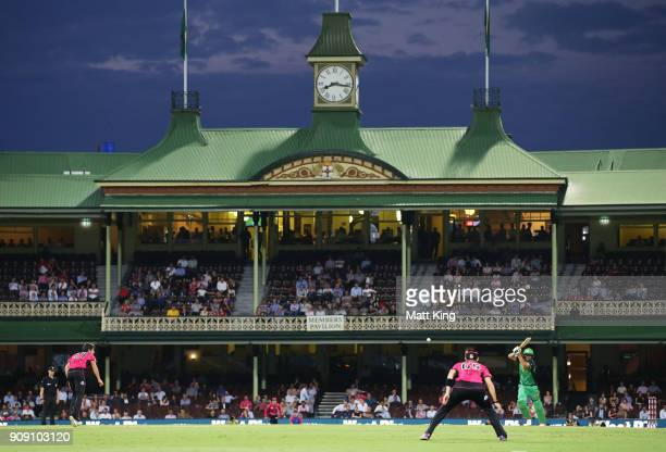 Rob Quiney of the Stars bats during the Big Bash League match between the Sydney Sixers and the Melbourne Stars at Sydney Cricket Ground on January...