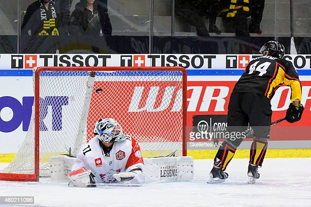 Rob Schremp of Skelleftea AIK sees hss shootout score behind David Rautio Goaltender of Linkoping HC during the Champions Hockey League quarter final...