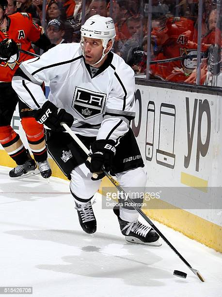 Rob Scuderi of the Los Angeles Kings handles the puck during the game against the Anaheim Ducks on February 28 2016 at Honda Center in Anaheim...
