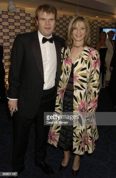 Rob Stringer and Julia Carling arrive at the Sony Radio Academy Awards at Grosvenor House Park Lane on May 12 2004 in London The prestigious awards...