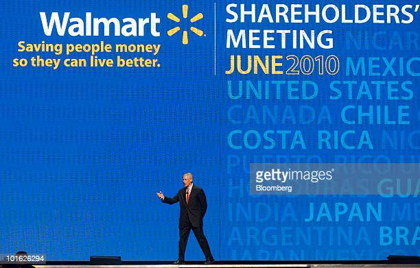 Rob Walton chairman of WalMart Stores Inc speaks during the annual shareholders meeting in Fayetteville Arkansas US on Friday June 4 2010 WalMart the...