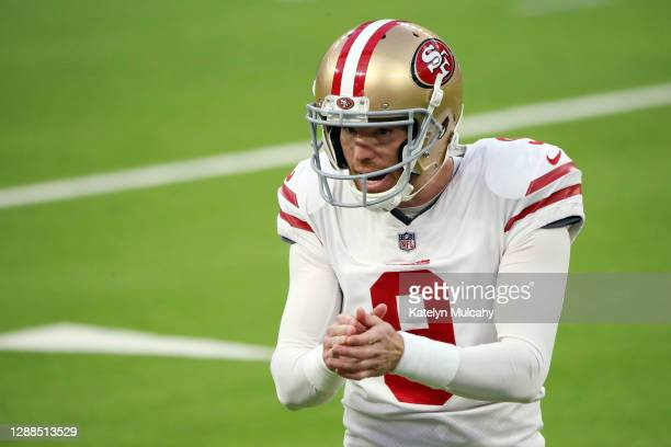 Robbie Gould of the San Francisco 49ers celebrates after making a game-tying field goal during the fourth quarter against the Los Angeles Rams at...