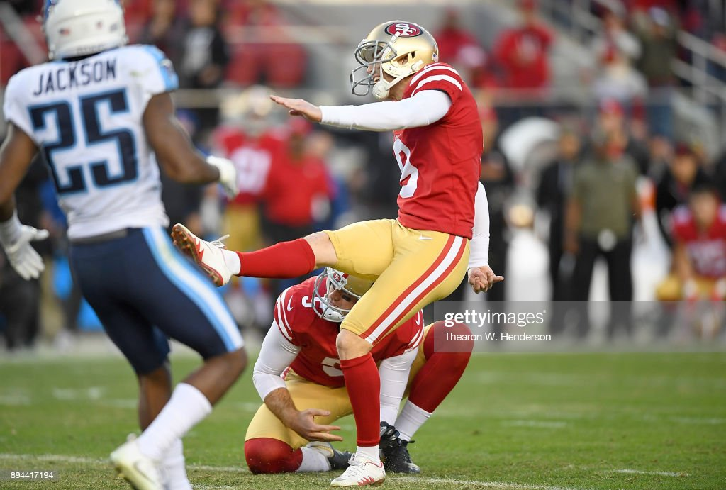 Robbie Gould #9 of the San Francisco 49ers kicks a 45-yard field goal to defeat the Tennessee Titans 25-23 in an NFL football game at Levi's Stadium on December 17, 2017 in Santa Clara, California.