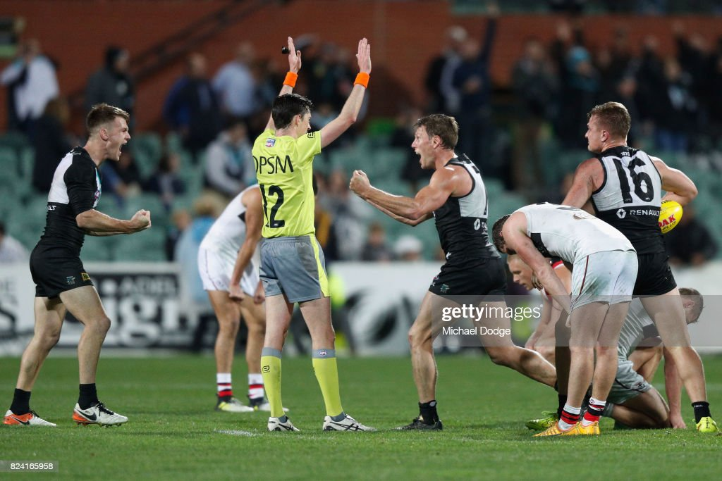 AFL Rd 19 - Port Adelaide v St Kilda : News Photo