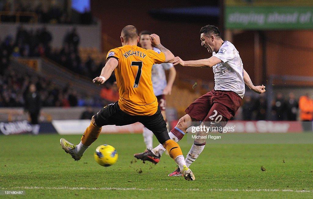 Wolverhampton Wanderers v Aston Villa - Premier League : ニュース写真