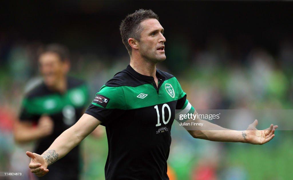 Republic of Ireland v Scotland - Carling Nations Cup : ニュース写真