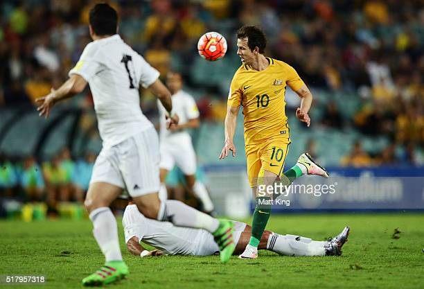 Robbie Kruse of the Socceroos controls the ball during the 2018 FIFA World Cup Qualification match between the Australian Socceroos and Jordan at...