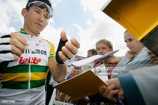 Robbie Mc Ewen of Australia is seen before the stage 9 of the 92nd Tour de France between Gerardmer and Mulhouse on July 10, 2005 in Gerardmer,...