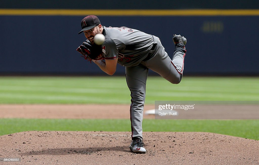 Robbie Ray #38 of the Arizona Diamondbacks pitches in the second inning against the Milwaukee Brewers at Miller Park on July 28, 2016 in Milwaukee, Wisconsin.