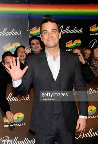 Robbie Williams arrives at the ''40 Principales'' Awards at the Palacio de Deportes on December 11, 2009 in Madrid, Spain.