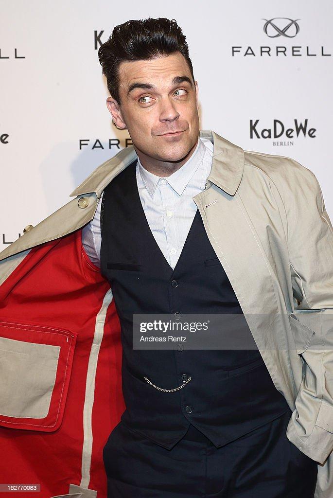 Robbie Williams Launches His Fashion-Label 'Farrell' In Germany : Foto di attualità