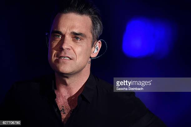 Robbie Williams attends the television show 2016 Menschen Bilder Emotionen RTL Jahresrueckblick on December 4 2016 in Cologne Germany