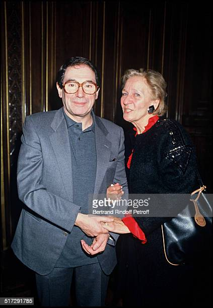 Robeert Hossein with Odette Ventura at the Paris townhall to reveive the Vermeille medal