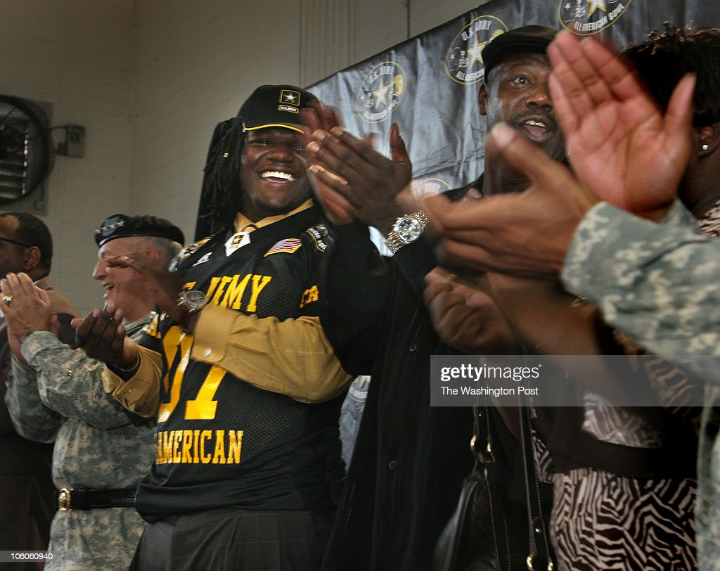 Robert A Reeder Twp Ballou High School Football Lineman Marvin News Photo Getty Images